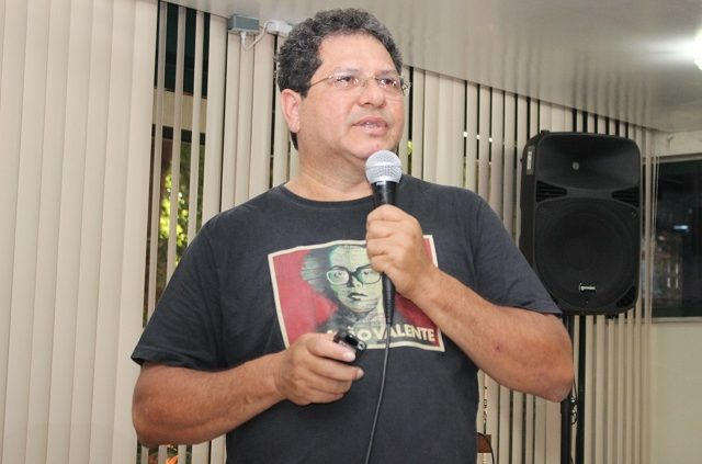 Antônio Levino da Silva Neto, pesquisador e professor desta Unidade desde agosto de 2002.