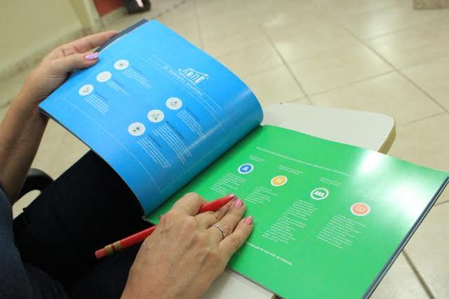 Exemplares do Resumo Executivo do Diagnóstico foram distribuídos. Foto: Eduardo Gomes.